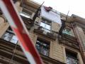 В Одессе обвалился балкон, на котором находилась женщина