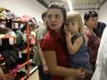 Переселенцам жилье и одежду отдают в интернете бесплатно