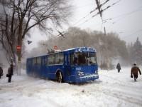 В Одессе транспортный коллапс из-за сильного снегопада