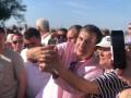 Саакашвили на Крещатике спрашивал людей, идти ли ему на выборы