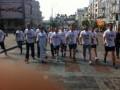 Активисты Батьківщини в футболках с надписью Юле – волю! приняли участие в Пробеге под каштанами