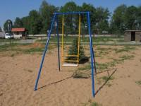 В Черновицкой области студент разбился насмерть на качеле