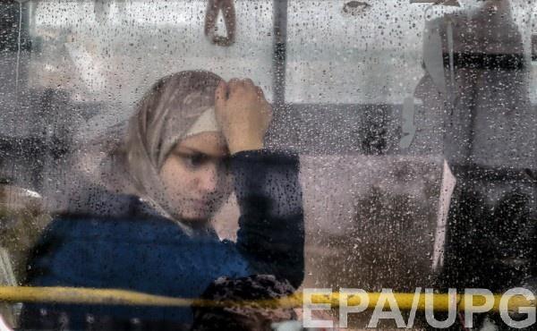 На востоке Сирии нашли захоронение нескольких десятков тел женщин