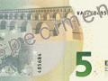 В мае появятся новые купюры номиналом 5 евро