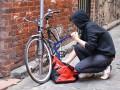 Милиция поймала на Оболони малолетнюю воровку колясок и велосипедов