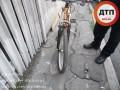 В Киеве Mercedes сбил 15-летнего велосипедиста