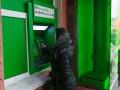 Власть барыг: клиенты Привата жалуются на комиссию за перевод денег в Ощадбанк