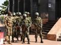 Боевики убили 14 человек на военной базе в Мали