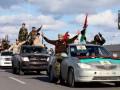 Власти Ливии и повстанцы договорились возобновить работу нефтяных портов