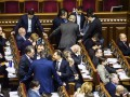 Депутаты разрешили увеличить госдолг в случае скачков курса