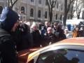 В центре Одессы недовольные инвесторы перекрыли улицу