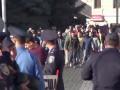 В Харькове люди в масках атаковали митинг коммунистов