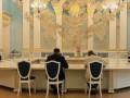 Украина не будет пересматривать минские договоренности