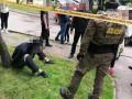 Посреди Львова ограбили бизнесмена, унесли 4,5 млн гривен