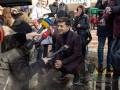 Зеленский готов пожать руку Порошенко в случае проигрыша на выборах