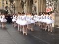 Французские балерины станцевали против пенсионной реформы