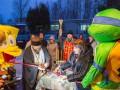 Церемонию открытия кафе в России провели священник, Губка Боб и черепашка-ниндзя