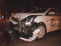 В Киеве случилась авария с участием такси