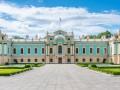 В Сети показали, как рушится забор Мариинского дворца