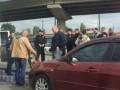 В Киеве вооруженные люди захватили маршрутку