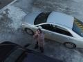 В России перепуганный дроном мужчина пытался забросать его