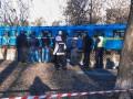 В канаве возле метро Черниговская нашли убитой голую женщину