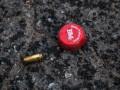 В Киеве мужчина открыл стрельбу из пистолета по троим парням
