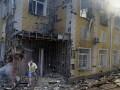 В результате обстрелов в Донецке разрушены два дома