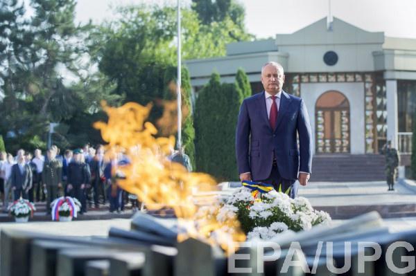 Додон назвал решение провокацией и ждет смены парламента