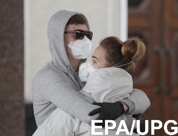 Коллективный иммунитет в Украине появится через год
