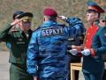 День в фото: медаль для Беркута и крымские пленники
