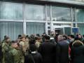 На заседание финкомитета Рады ворвались люди в камуфляже