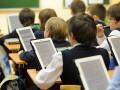 Эксперимент с электронными учебниками провалился – министр образования