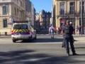 Во Франции преступник захватил четырех заложников