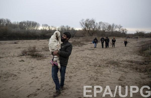 Беженцы из Сирии бегут в Турцию