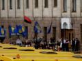 Свобода: В Кировограде власть охраняла Табачника от протестующих украинцев