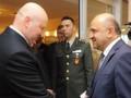 Турчинов обсудил в Турции создание новых видов вооружения