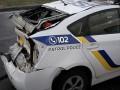 В Киеве грузовик влетел в Prius, травмирован патрульный