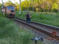 В Днепре поезд сбил коляску с ребенком