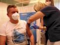 Живущие в Польше украинцы получат COVID-вакцину бесплатно