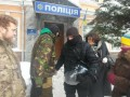 В Киеве активисты требуют освобождения задержанных