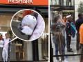 В Австрии мужчину в костюме акулы оштрафовали по закону о парандже