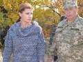 Марина Порошенко доставила гуманитарный груз в зону АТО (фото)