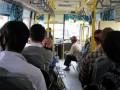 Появилось видео, как в Харькове раздают повестки в автобусе