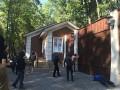 Добкин после нападения на его дом: Семью вывезу, но сам из политики не уйду