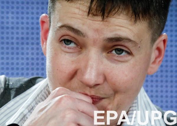Савченко просит Макрона усилить поддержку Украины