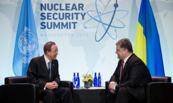 Порошенко призвал генерального секретаря ООН расследовать пытки над украинцами вРФ