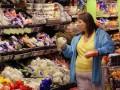 Украинцы стали покупать гораздо больше товаров - Госстат