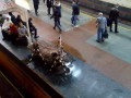 Дожди в Киеве заливают станцию метро