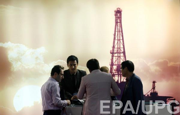 Возвращение иранской нефти снижает цены российской смеси Urals